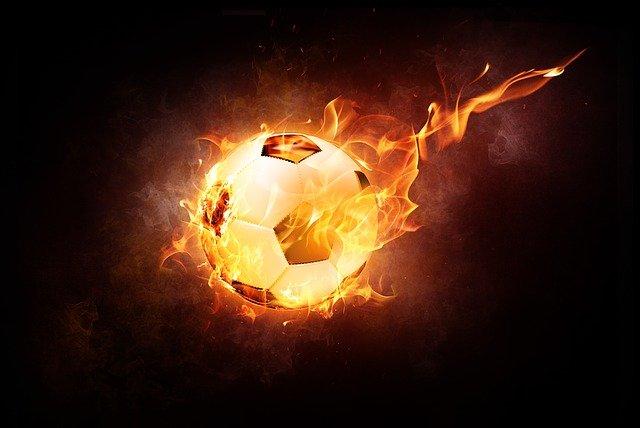 Ohnivý fotbalový míč